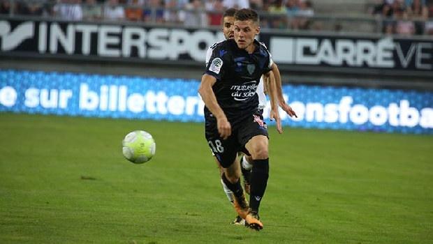 Orta saha arayışlarını sürdüren Trabzonspor'un gündemine son olarak Remi Walter girdi. (Fanatik)