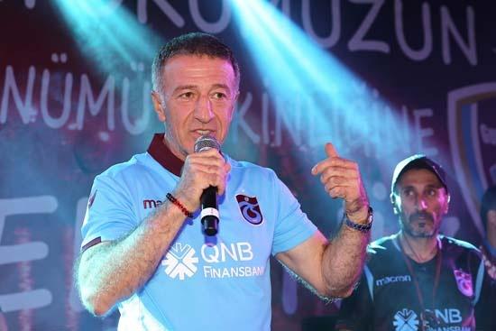 Trabzonspor'da başkan Ahmet Ağaoğlu savunmaya bir stoper daha almak için transfer çalışmalarının sürdüğünü açıklamıştı.