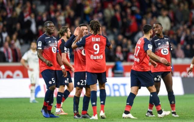 Lille formasıyla 1 gol 2 asist yaparak kalitesini gösteren Yusuf Yazıcı, Fransa'da herkesin konuştuğu isim oldu. Genç futbolcuya en yüksek puanlar verildi.