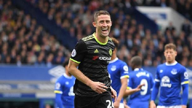 Chelsea'den ayrılan İngiliz stoper Gary Cahill'in, Trabzonspor'a önerildiği iddia edildi. (Fanatik)