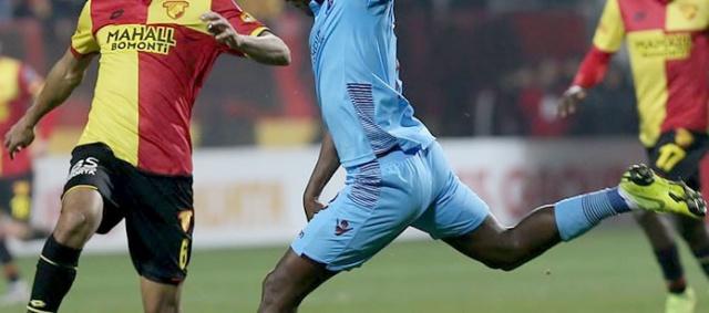 SÖZLEŞMELERİ SONA ERİYOR Süper Lig'de forma giyen birçok önemli ismin sözleşmesi 31 Mayıs 2019 tarihinde sona erecek. Listede yıldız isimler var. Peki bu isimler kimler? İşte sözleşmesi bitecek futbolcular...