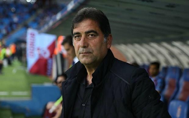 Trabzonspor'da Teknik Direktör Ünal Karaman'ın kadroda düşünmediği dört isim konusunda çalışmalar başladı.