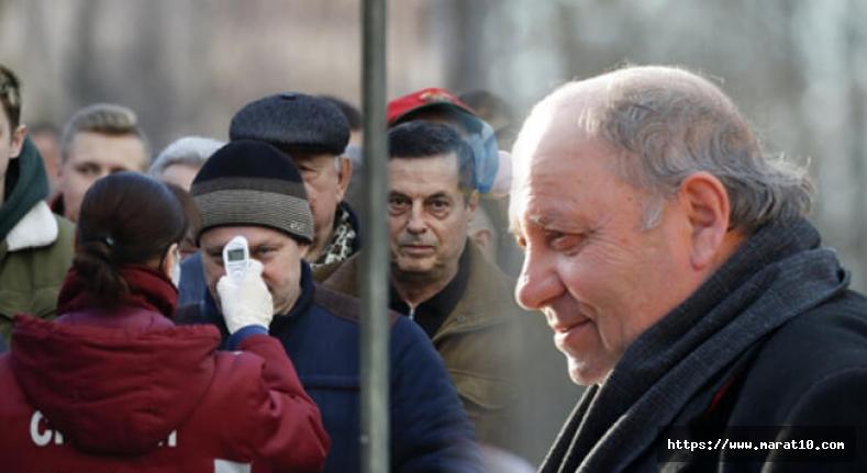 Belarus'ta futbol sürerken koronavirüsten ilk ölüm!