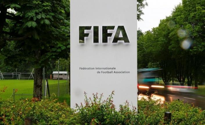 FIFA'dan flaş uyarı: Eylüle kadar futbol oynanmamalı