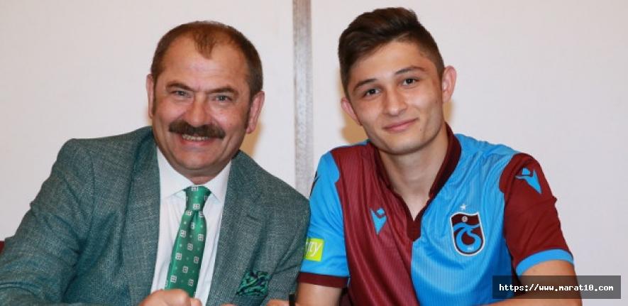 İmza tamam! Resmi olarak Trabzonsporlu