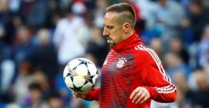 Franck Ribery imzayı attı