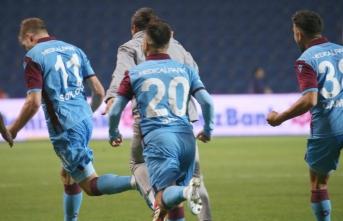 Trabzon 90+6'dan attığı gole 1 puanı kurtardı
