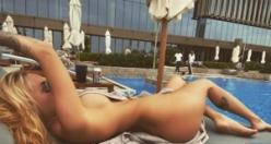 'Süper yenge' Irina Moroziuk'tan çıplak poz!