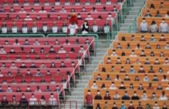 Güney Kore'de lig ilginç görüntülerle başladı