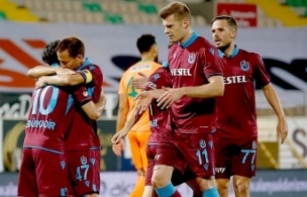 Trabzon'a zirve darbesi! 4 gol, 2 kırmızı...