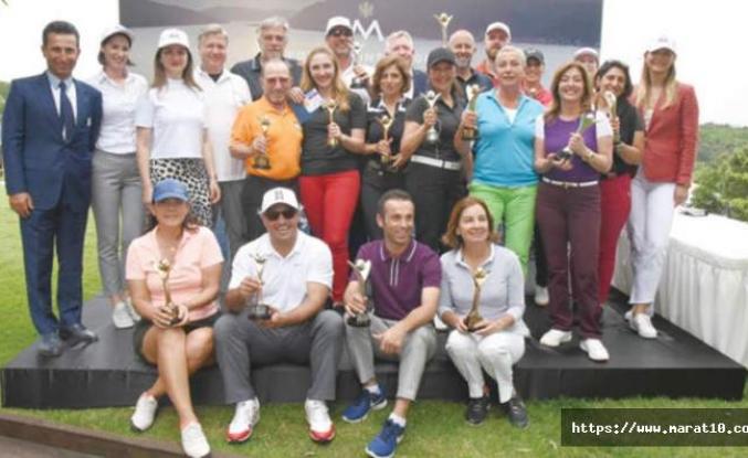 Golfçüler turnuvada kıyasıya yarıştı