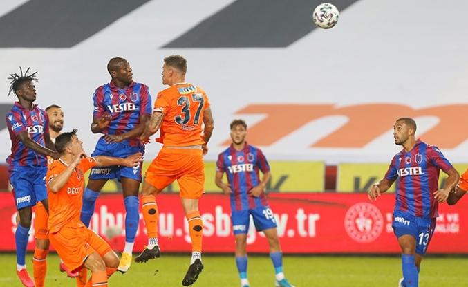 Başakşehir, Trabzonspor'u 2 golle geçti