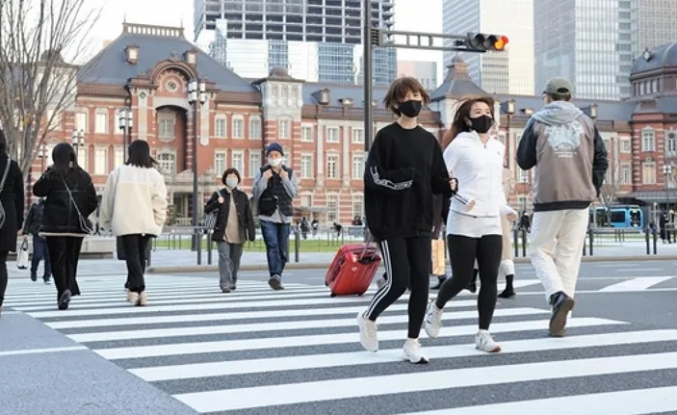 Consumer confidence in Japan rose by 4.2 points in February